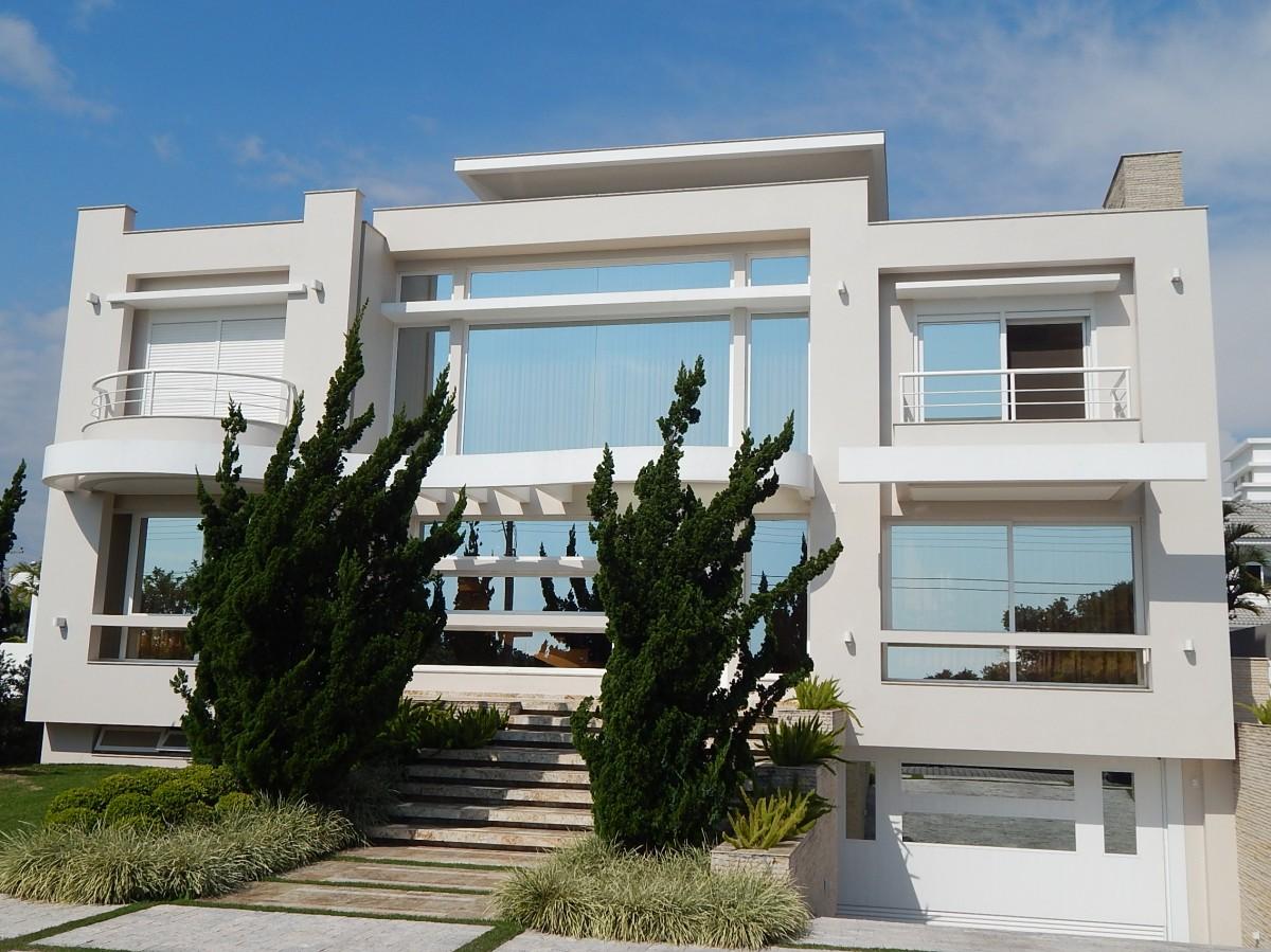 banheiros.Área total de 600m² e uma área privativa de 583m² #396692 1200x899 Banheiro De Luxo Florianopolis